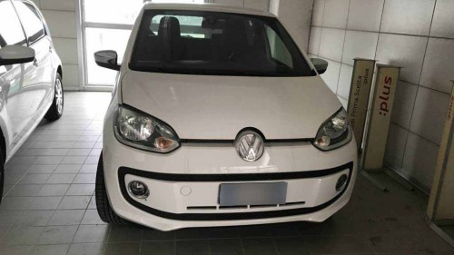 VOLKSWAGEN  HIGH UP 1.0